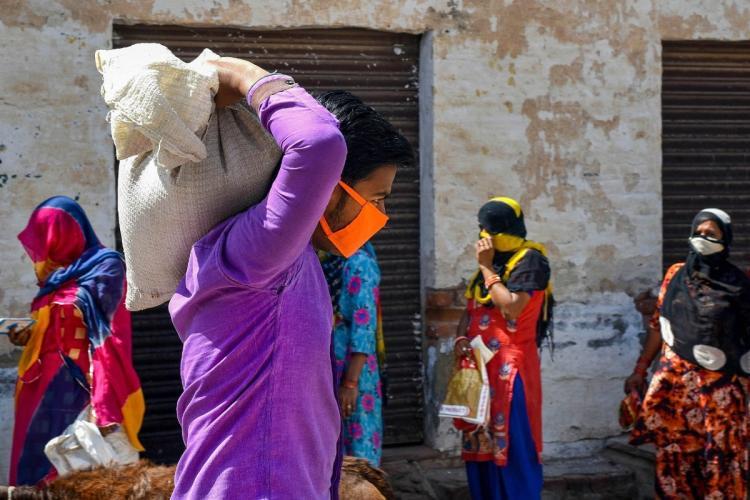 How the Karnataka government is handling food distribution during the lockdown
