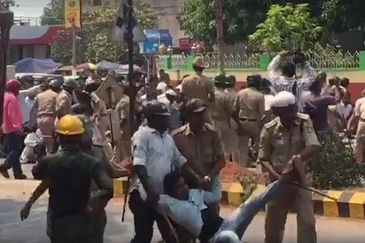 PFI party workers allege custodial violence pelt stones at Mangaluru Commissioners office