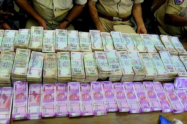 I-T Dept seizes more cash from govt contractors in poll-bound Karnataka