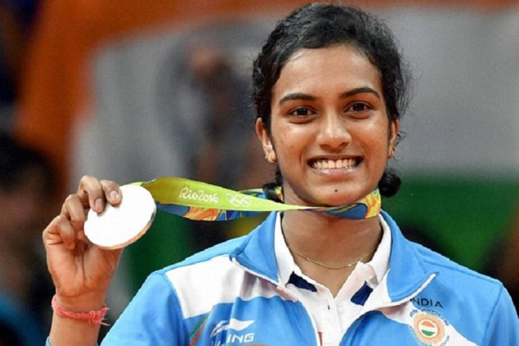 With both states wooing her Sindhu accepts Andhra over Telangana for govt job