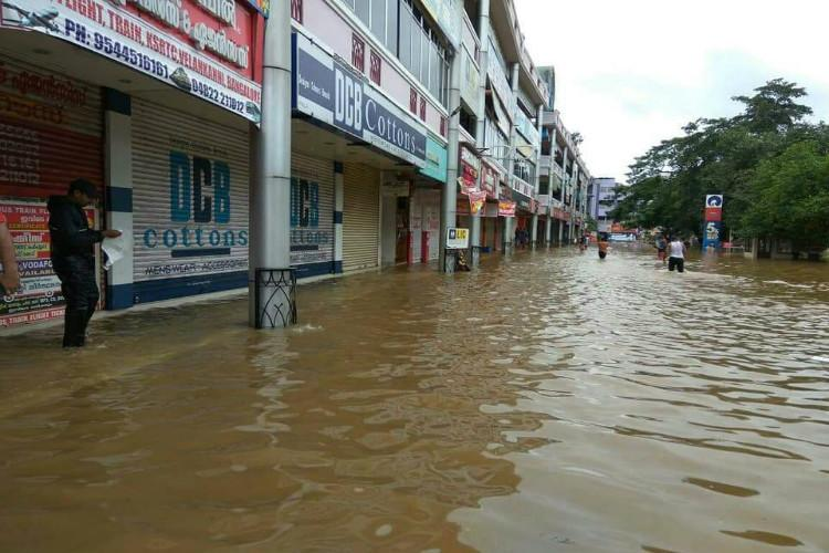 Death toll rises to 13 as heavy rains wreak havoc in Kerala