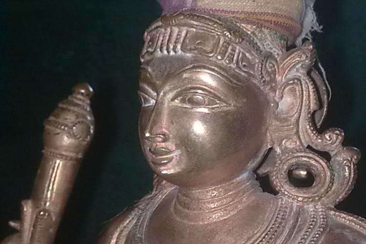 Why the hurry to shift idol theft case to CBI Madras HC asks TN government
