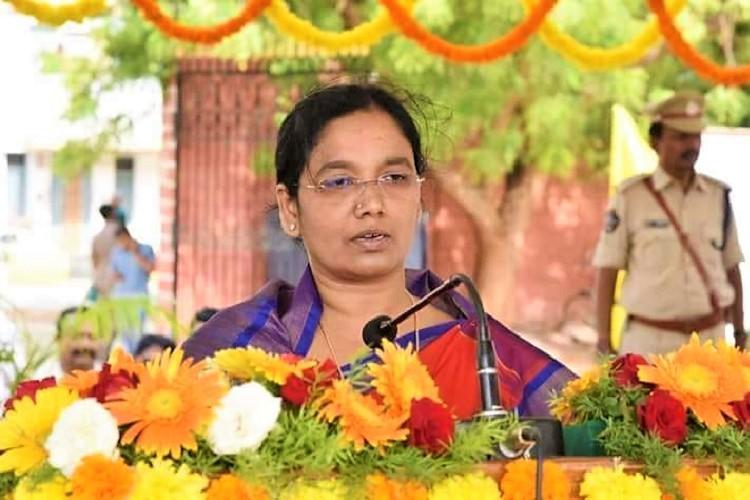 Sharmilas allegations against TDP baseless Andhra Min Paritala Sunitha hits back