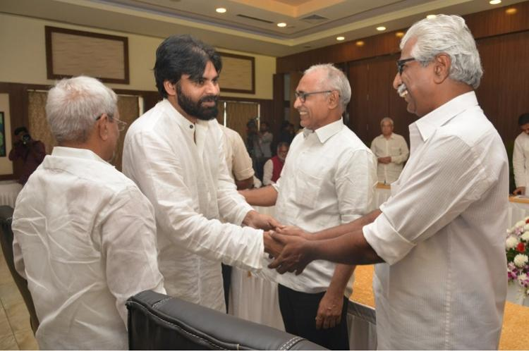 Pawan Kalyans Jana Sena holds talks with Left parties on pre-poll alliance in Andhra