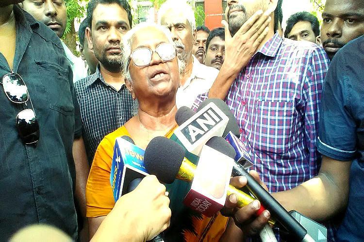 27 years and no justice Rajiv Gandhi case accused Perarivalans mother is still waiting