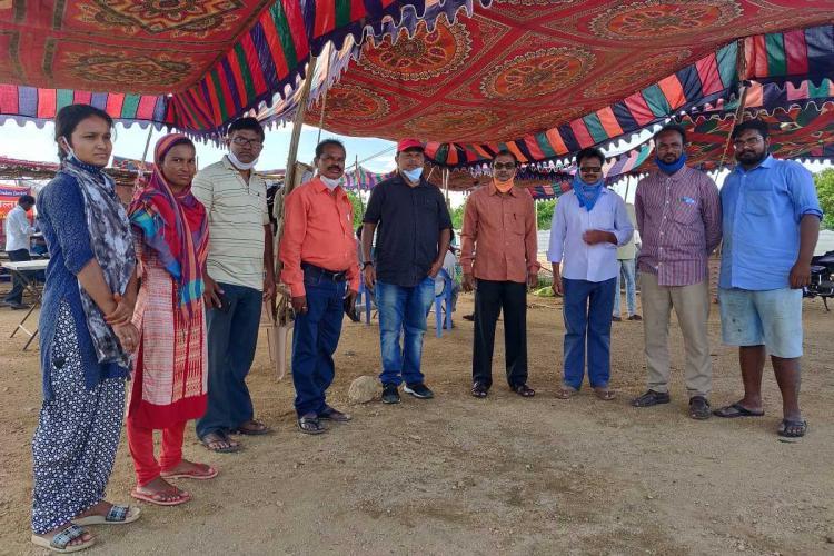 Perkit migrant food relief camp volunteers