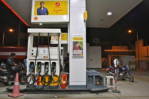 Petrol pumps in Bengaluru to be shut on Sundays beginning May 14 if demands not met