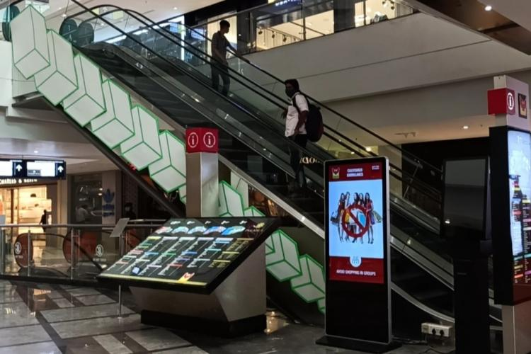 Escalators in Phoenix mall Chennai
