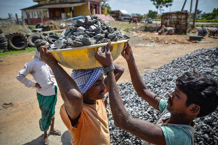 With rising temperatures Kerala govt modifies work-hours for labourers working in sun