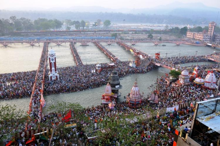 Why religious pilgrimages in India are conducive to tragedies