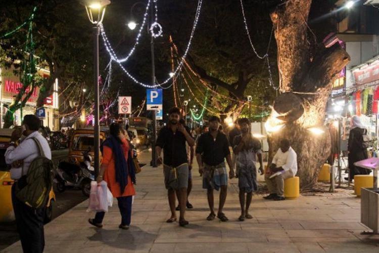 People walking along the pedestrian plaza in Pondy Baazar in Chennai