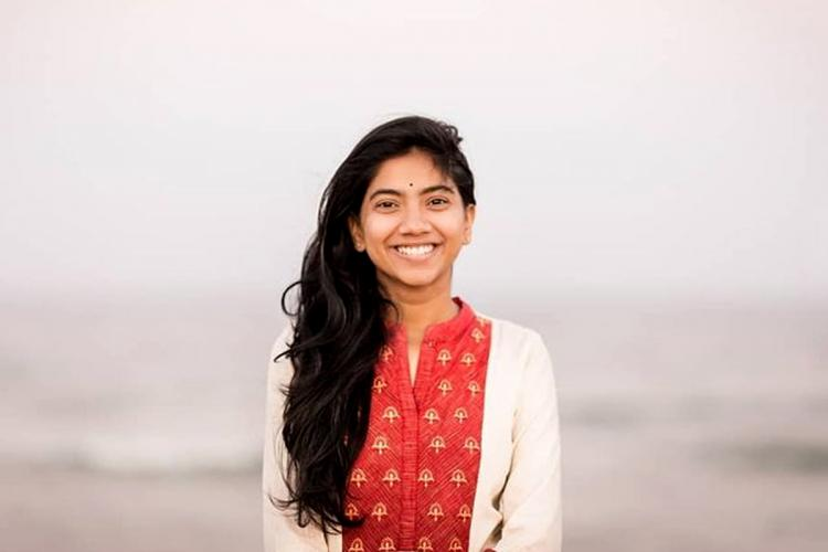 Pooja Kannan by the beach