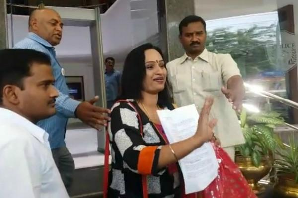 Tollywood actress says husband married IAS officer without divorce files complaint