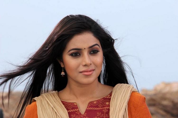 Actor Poorna hopes for a superhit with Sooryas reincarnation drama Suvarna Sundari