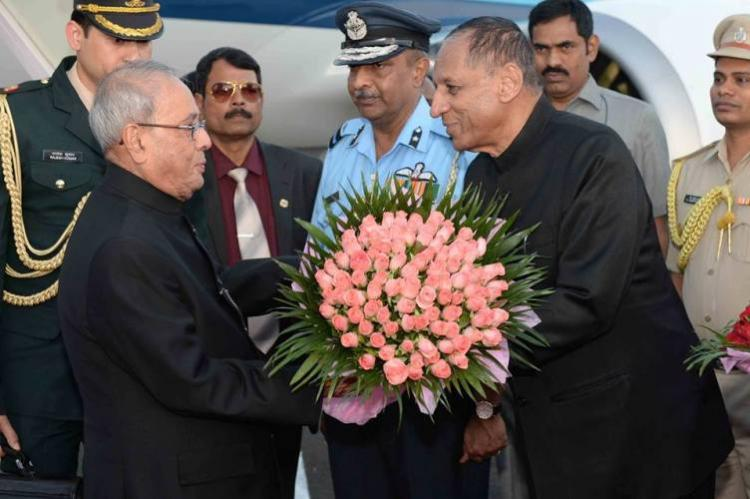President Pranab Mukherjee arrives in Hyderabad on 10-day annual southern sojourn