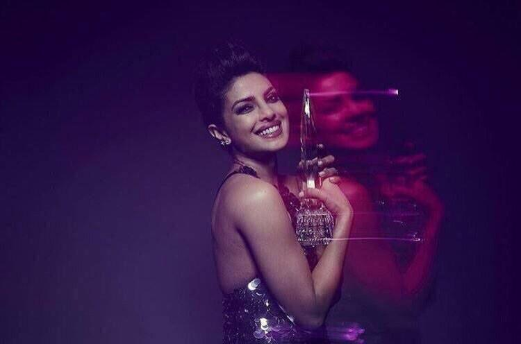 Priyanka Chopra becomes first Indian to win Peoples Choice Award