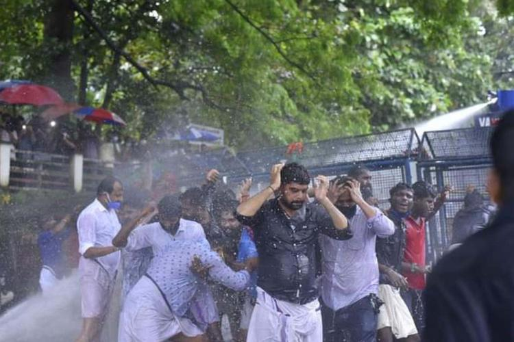 Water cannons fired at the protestors in front of Kerala secretariat