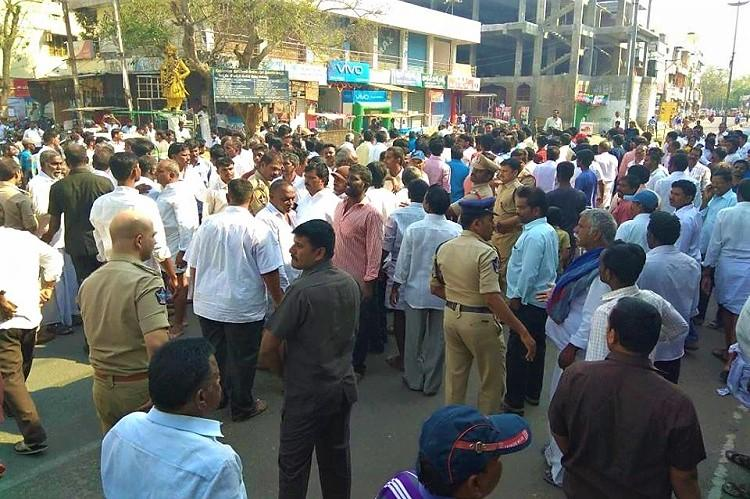 Tension prevails as TDP-YSRCP activists clash in Pulivendula Sec 144 imposed