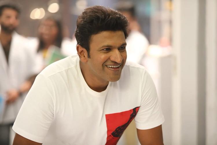 Puneeth Rajkumar back on Yuva Ratna sets