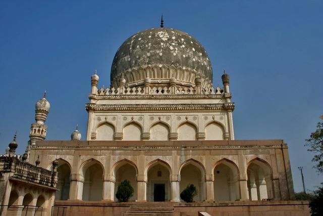 Telangana proposes garden museum at Qutub Shahi tombs