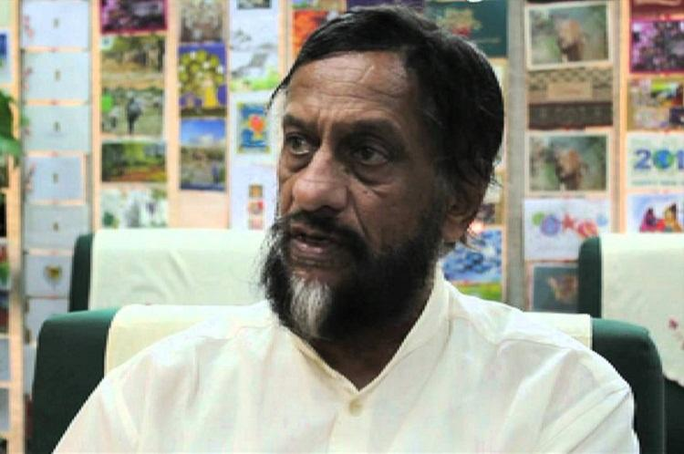 RK Pachauri claims frame-up releases emails to the Observer as proof