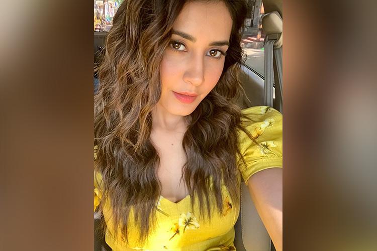Raashi Khanna to star opposite Allu Arjun in Icon