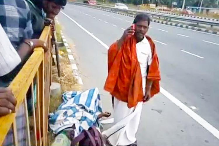 TN man left with dead friend on highway after heartless bus conductor throws them out