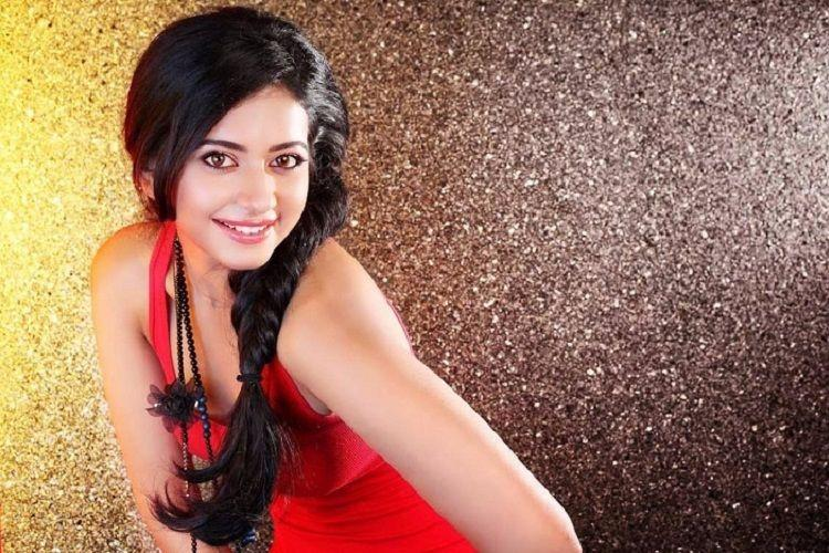Rakul Preet to pair up with Pawan Kalyan
