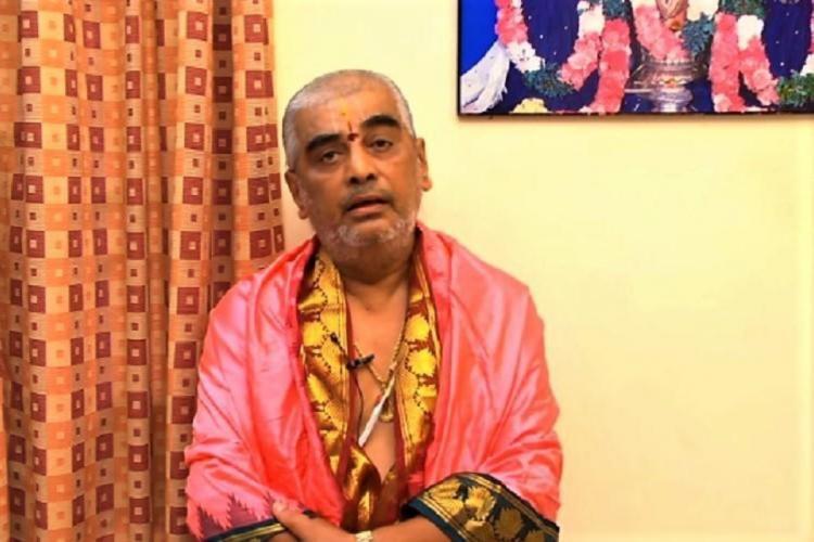 Ramana Deekshithulu recording a video of himself