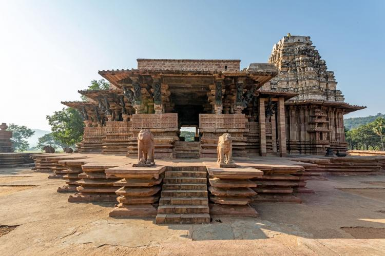 Ramappa temple structure from outside in mud colour
