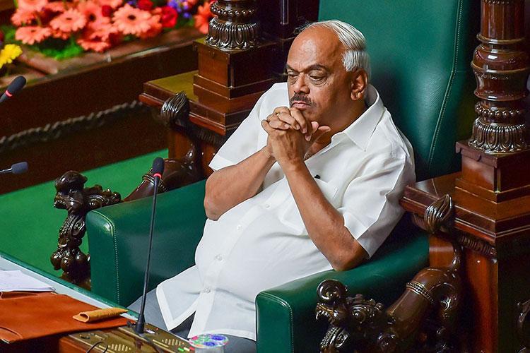 5 more rebel MLAs in Karnataka to move SC asking Speaker to accept resignations