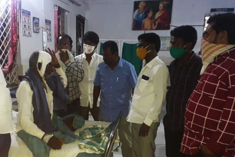 Activists of KVPS visited the injured in a local hospital