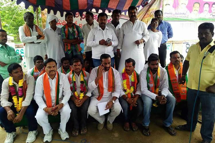 Help Telangana beedi workers children study Protesters demand govt college in Domakonda