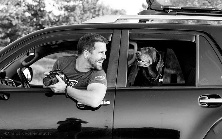 This mans dog was diagnosed with terminal cancer so he took her on a road trip for a sendoff