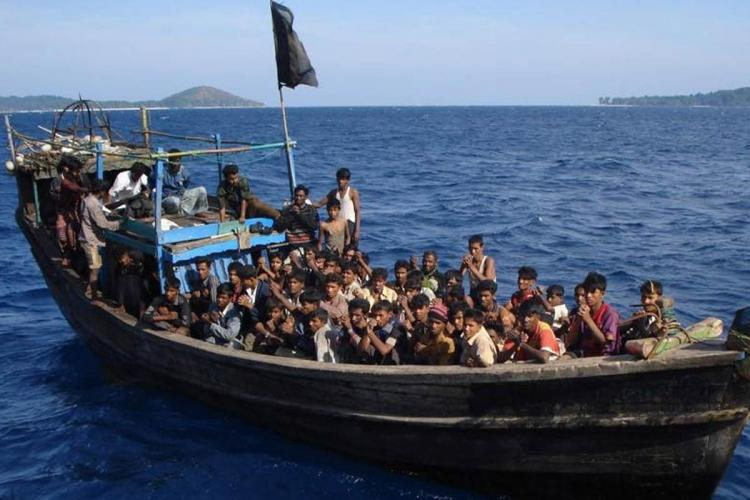 Rohingya refugees on Indian water