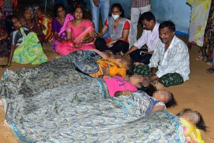 A family mourns the death of five women from a family at Wanaparthy of Telangana after roof collapses