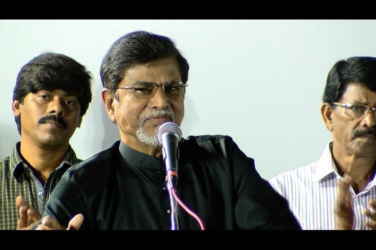 Tamil actor Vijays father S A Chandrasekhar hospitalized in Kottayam