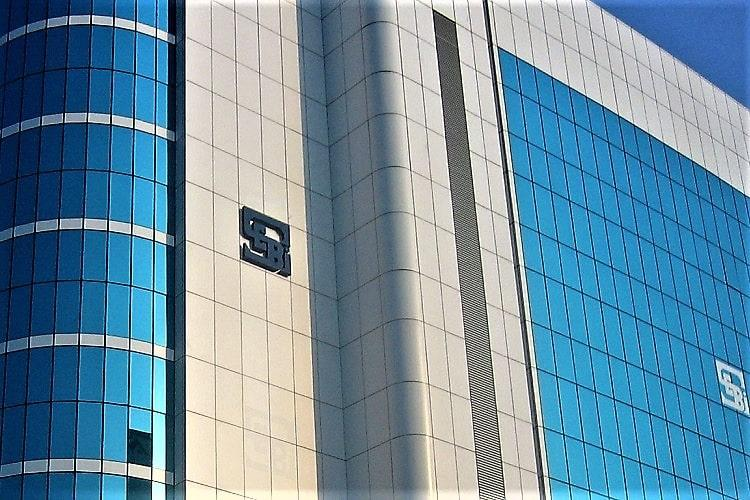 SEBI extends deadline to separate chairman MD roles for top 500 firms by 2 yrs