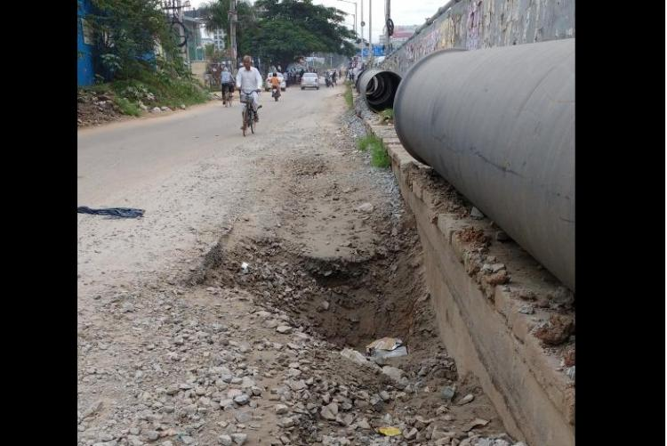 Bengalurus killer potholes and absurd laws Civic officials cannot go scot-free anymore