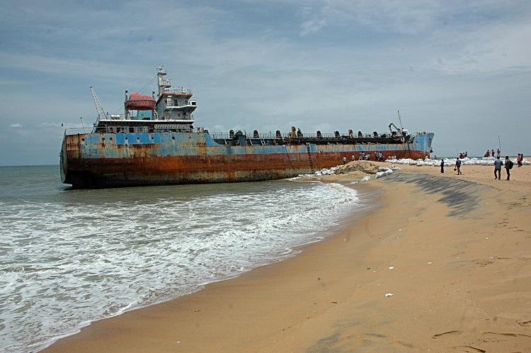 Dredger that washed ashore years ago in Kollam is finally being dismantled