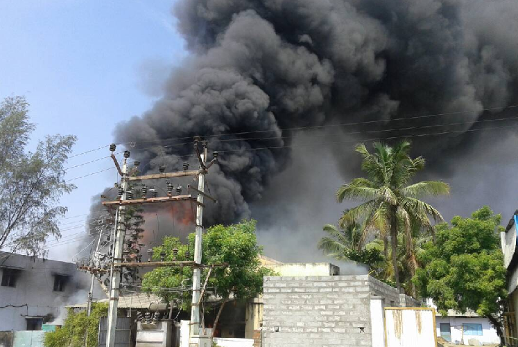 Fire breaks out in Coimbatores SIDCO 15 fire tenders battling the blaze