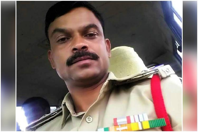 Telangana SI trainee constable dead after vehicle rams into tree near Hyderabad