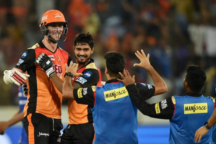 Sunrisers Hyderabad eke out win over Mumbai Indians in last-ball thriller