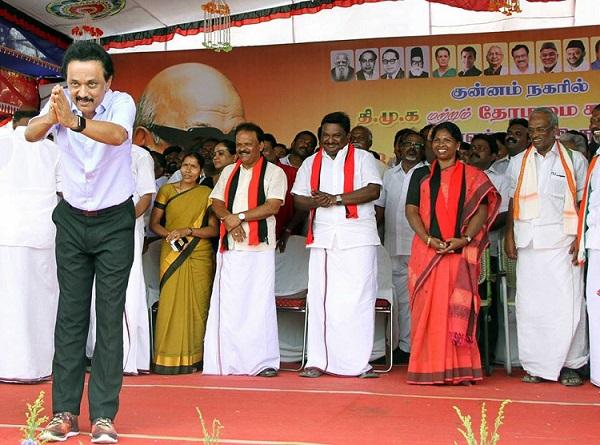 Stalin mocks Jayalalithaa enacts how AIADMK leaders behave in front of her
