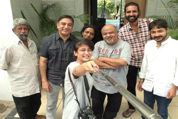Kamal Haasan jets off to LA for Sabash Naidu