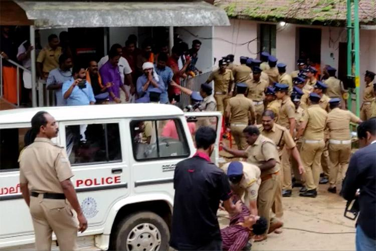 Sabarimala Temple Police Officers instructed to follow new Dress Code