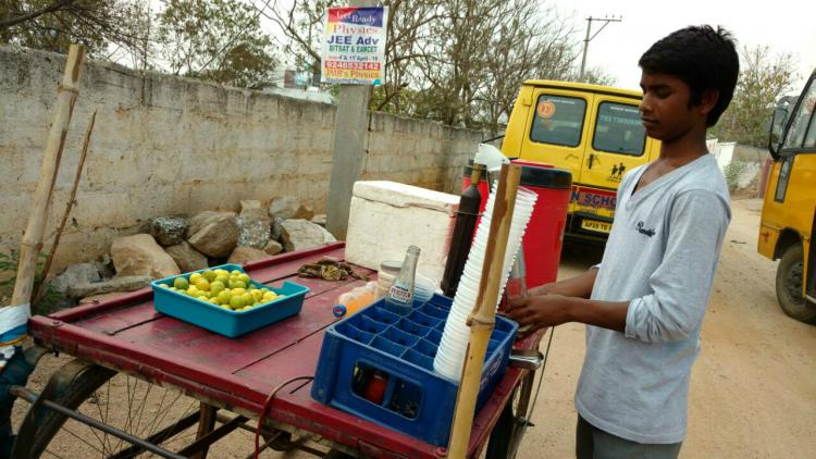 To support family this 14-yr-old sells lemon juice in the scorching Hyderabad summer