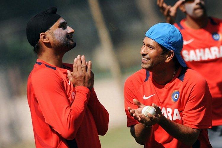 Sachin and Harbhajan are conversing in Tamil were wondering whos helping them