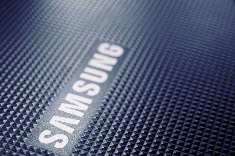 Weak smartphone sales hurt Samsungs record breaking earnings in Q2