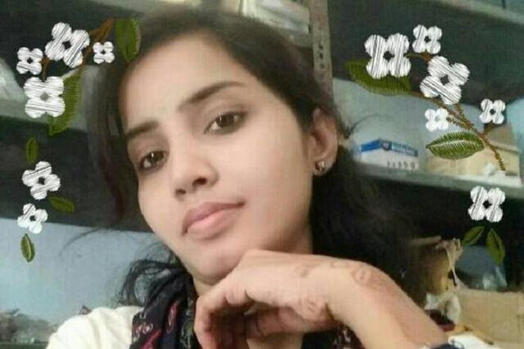 Woman set on fire by stalker in Hyderabad in public view dies